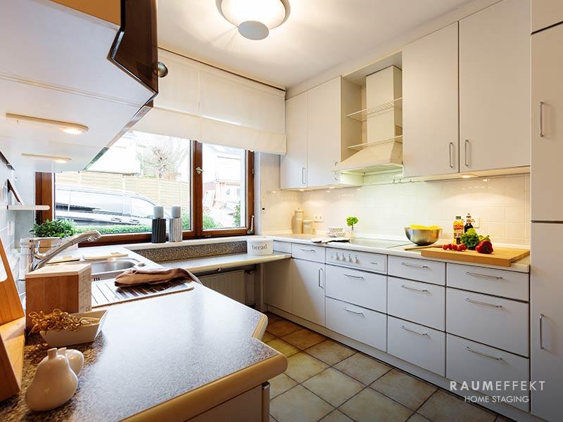 raumeffekt-Home-Staging-erbimmobilie-Kueche-nachher
