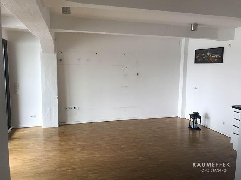 raumeffekt-Home-Staging-leerstehende-Immobilie-Wohnzimmer-vorher